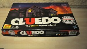 Hasbro CLUEDO The Classic Mystery Game Board - 38712
