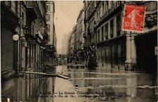 CPA La Grande Crue de la Seine. 18 Rue du Bac Passerelles (561725)