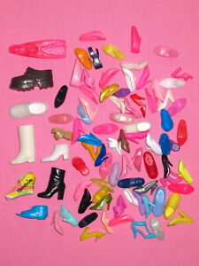 Mattel - LOT of SINGLE Barbie Doll Shoes