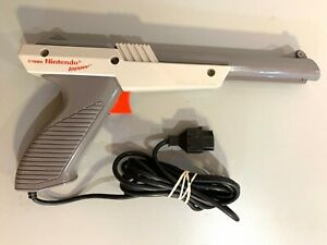 Official Gray Nintendo NES-005 Zapper Light Gun Controller Tested WORKING!