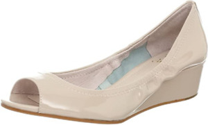 Vince Camuto Womens Ryssa Bisque Patent Leather Wedge Pump US Size 7.5, 8.5, 9.5