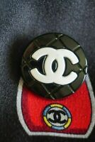 One  pcs  Chanel button 1   metal cc logo black & white cc 21 mm