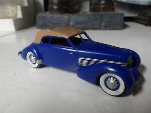 Vintage- Original 1936 Cord Phaeton-Gowland/Revell 1/32 Built-Up Model - RARE