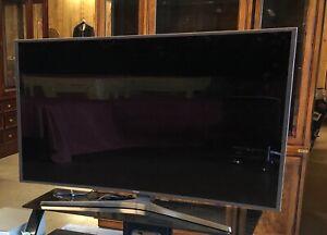 """Samsung 55"""" Smart TV  Screen Only un55js9000"""