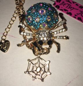 NWT BETSEY JOHNSON  Crystal Blue Spider And Web Pendant