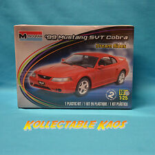 1:24 Monogram - 1999 Mustang SVT Cobra Plastic Model Kit(85-4014)