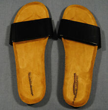 New Size 5 / 6 Mossimo Supply Co. Black Faux Patent Leather flip flops sandals