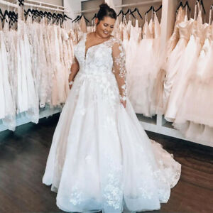 Plus Size Wedding Dresses Sweep Train Lace V Neck Bride Long Sleeve Ball Gowns
