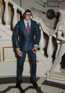 DC SUPER HEROES MATTEL S3 SELECT SCULPT CLARK KENT FIGURE DIRECT UNIVERSE CLASIC