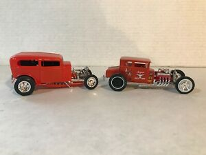 LOT OF 2  REVELL 1/25 SCALE ORANGE CRATE & AMT CHOPPED T BUILT MODEL KITS