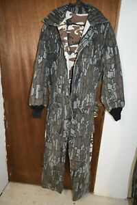 CABELA'S 2X LARGE? REVERSIBLE  FALL/WINTER  CAMO INSULATED COVERALLS - USA