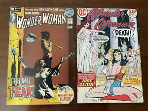 Wonder Woman Bondage Lot: 199 (Jeff Jones painted cover), 207 Very nice shape