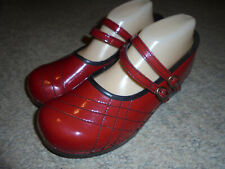 SANITA RED PATENT LEATHER PROFESSIONAL MARY JANES CLOGS SHOES SIZE 41
