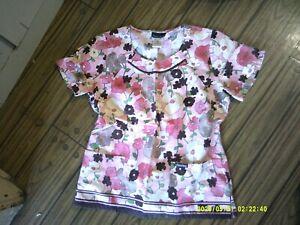 Cherokee Ladies Floral Scrub Top