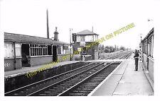 East Boldon Railway Station Photo. South Shields - Monkswearmouth. (4)