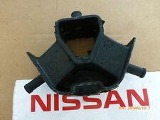 Original Nissan Datsun Cherry N10,A10S,A12S,A14S  Motorlager hinten 11320-M7011