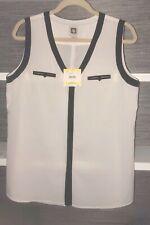 Anne Klein Camellia Sleeveless V Neck Blouse Top White w/Black Trim Size M NWT