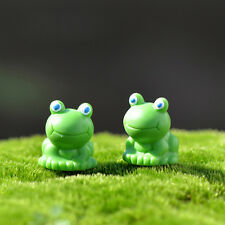 2Pcs Miniature Mini Frog Christmas Resin Fairy Home Garden Craft Decoration 3C