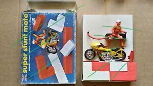 HARBERT Super Stunt Moto Cars Car NUOVA! moto a strappo 19 cm Pop Cycles