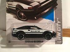 Hot Wheels 2013 Toyota Corolla AE-86 Intial D Fujiwara Tofu car