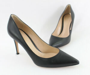 Gianvito Rossi Women's Black Leather Pointed Toe Pump Heel Shoe Size 38 8