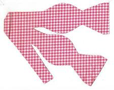 Houndstooth Bow tie / Pink & White Houndstooth / Self-tie Bow tie