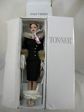TONNER PEGGY HARCOURT LUNCH ON PARK REDHEAD DRESSED DOLL DEEANNA DENTON 16""