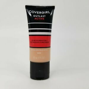 COVERGIRL Outlast Active 24 Hr Foundation SPF 20 #820 Creamy Natural NEW/SEALED
