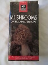 Mushrooms of Britain and Europe (Collins Wildlife Trust Guides)