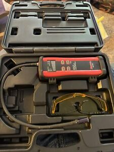 Robinair 22791 Infrared Refrigerant Leak Detector in Case Mint Condition Works!