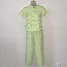 Tuan Womens Pajamas S Green Silk Asian Style Buttons and Neckline Floral Texture
