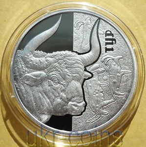 2017 Ukraine Aurochs Bison Buffalo Ox Silver Gilded Fauna WWF Red Book Wildlife