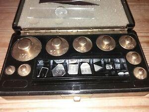 Vintage Set Of Weights Bakelite Storage Box 100G - 1G and MG weights, no reserve