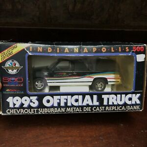 ✅💟✅@ Indianapolis Official Truck Chevrolet Suburban Die Cast Bank  Indy 500