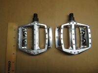 """New Old Stock Mongoose BMX Bike Competition 1/2"""" Alloy Finish Pedals Pedal Nice"""