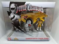 Bandai Power Rangers Legacy Mighty Morphin Sabertooth Tiger Zord with Figure