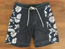BANANA REPUBLIC Board Shorts/ Swim Trunks (Size 33)