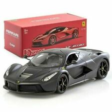 Véhicules miniatures de Ferrari, 1:18