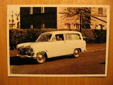 ~1960 altes Farb Foto Ford 12M G13 Weltkugel Kombi Auto Oldtimer Farbfoto