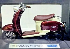 WELLY 99 YAMAHA VINO YJ50R WHITE & MAROON SCOOTER 1:18 SCALE DIE CAST NEW IN BOX