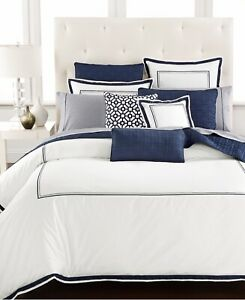 HOTEL COLLECTION EMBROIDERED FRAME FULL/QUEEN DUVET NAVY $300