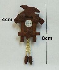pendule coucou miniature, maison de poupée,vitrine,horloge  1.12 CL5