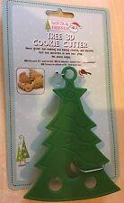 BNIP New 3D Plastic Christmas Cookie Cutter - Xmas Tree