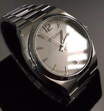 Ladies Genuine Bulova Duck 96M126 Silver Designer dress Watch date