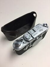 Leica IIIG screw mount camera in excellent+++ Condition minimal Wear Marks