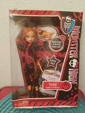 1st Wave Monster High Dolls. Boxes damaged but all still attached with items.