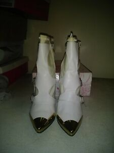 Ankle boots 11