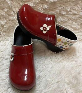 Sanita Shoes Children's Size KAP 32 has some scratches sold as it is see pics