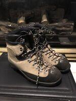 La Sportiva Nepal Extreme 45 / 11-11.5 mountaineering boots Italy