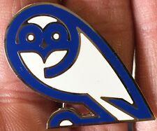 SHEFFIELD WEDNESDAY LARGE WHITE CUTOUT OWL  ENAMEL PIN BADGE